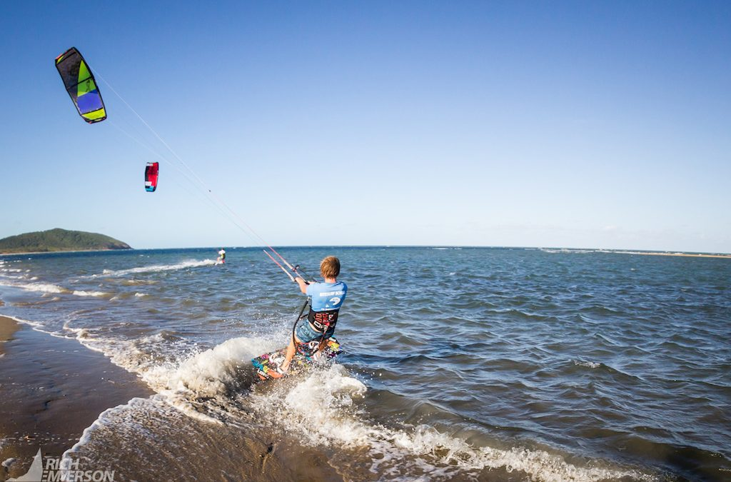 4 Reasons Kitesurfing at Double Island is Amazing